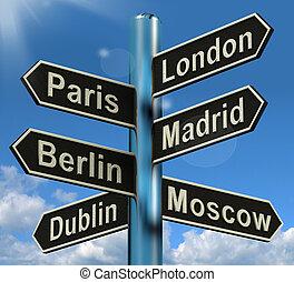 倫敦, 巴黎, 馬德里, 柏林, 路標, 顯示, 歐洲, 旅行旅遊業, 以及, 目的地