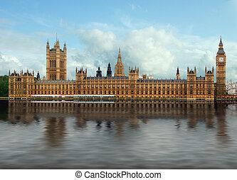 倫敦, 議會