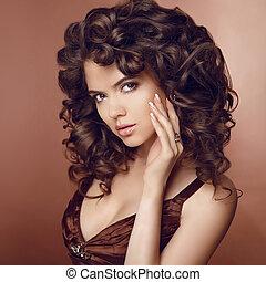 健康, hair., 美しい, 若い, 微笑の 女性, ∥で∥, 長い間, 巻き毛, 毛
