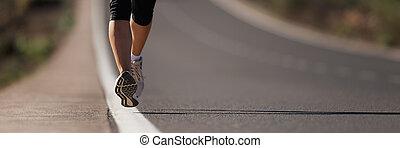 健身, 婦女, 賽跑的人, 運動員, 跑, 在, 路