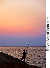 傍晚, 黑色半面畫像, 釣魚