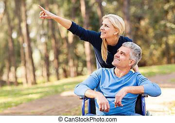 傷つけられる, 妻, 年齢, 中央の, 歩きなさい, 取得, 夫, 情事