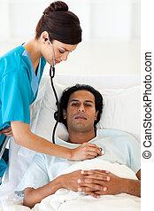 充滿信心, 醫生, 檢查, the, 脈衝, ......的, a, 病人