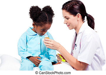 充滿信心, 醫生, 給醫學, 到, 她, 病人