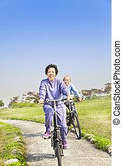 先輩, biking, 恋人, 公園, アジア人