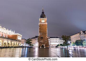 光景, の, 古い都市広場, 夜で