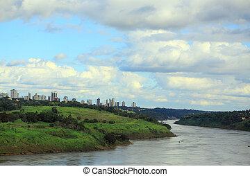 光景, の, 川, parana, から, 国際的な橋, ∥間に∥, ブラジル, そして, パラグアイ