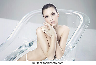 入浴, 女