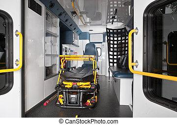 內部, 救護車