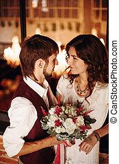 內部, 親吻, 夫婦, 閣樓, 婚禮