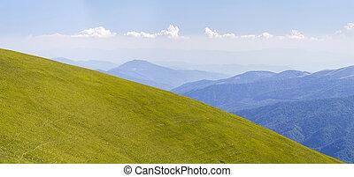 全景, 在中, 绿色的小山, 在中, 夏天, 山