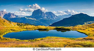 全景, 在中, gardena, 山谷, 带, sassolungo, (langkofel), 山脉
