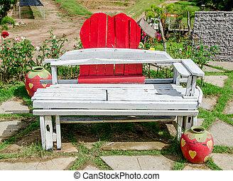 公園のベンチ, 古い, 木製である