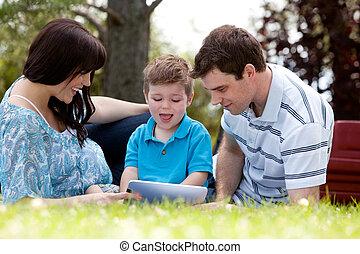 公園, タブレット, 家族, デジタル
