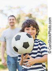 公園, フットボール, 父, 息子, 遊び