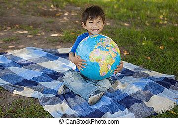 公園, 地球, かわいい, 保有物, 男の子, 若い