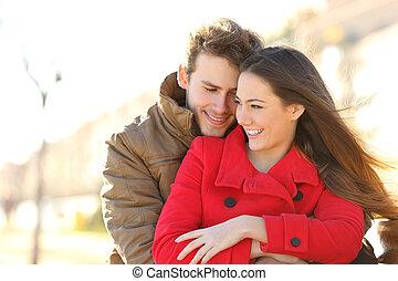 公園, 恋人, デートする, 愛, 抱き合う