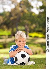 公園, 男の子, 彼の, ボール