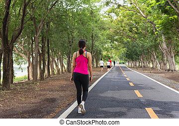 公園, 練習, 歩くこと, 保有物, 電話。, 女, 細胞, 手