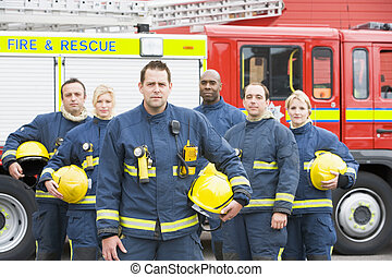 六, 消防人員, 站立, 所作, 消防車