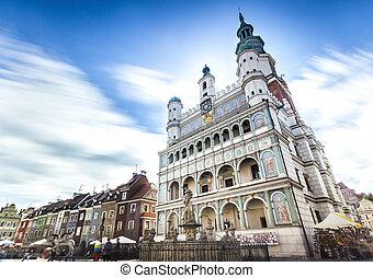 具有歷史意義, poznan, 市政廳, 位於, 在中間, ......的, a, 大廣場