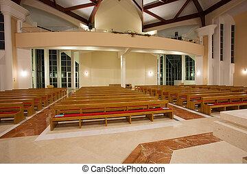 内部, 現代, 教会