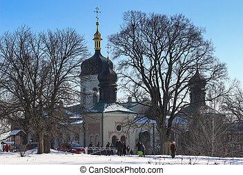 冬, 修道院