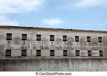 刑務所, 窓