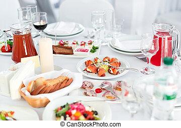 別, 前菜, salads., レストラン, 食品。, 味が良い, ゲスト, 結婚式, テーブル, 食事