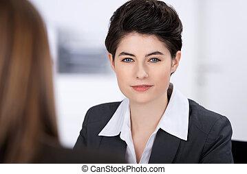 前景, 協力者, 確信した, 女性実業家