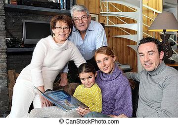 前部, 集まった, 部屋, 家族