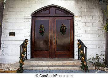 前面, 門, 教堂