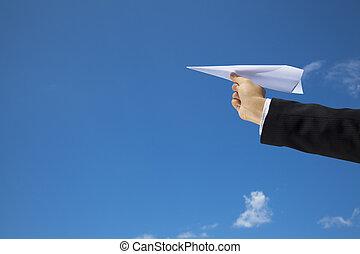割り当てること, ハエ, 作られた, 上に, 青い空, 手, ペーパー, ビジネスマン, 飛行機