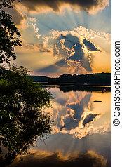 劇的, 日没, 上に, pinchot, 湖, ∥において∥, gifford, pinchot, 州立 公園,...