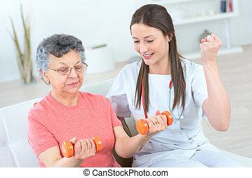 助力, 年長の 女性, うまくいきなさい