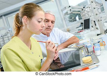 助手, 歯医者の