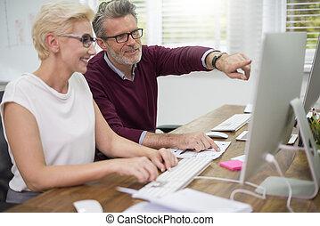 労働者, コンピュータ, 白, 仕事, つば