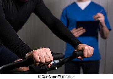 動かない自転車, 患者, 運動