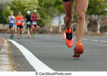 動くこと, マラソン