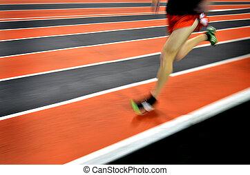 動くこと, レース, 競争