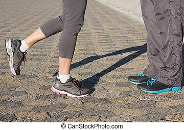 動くこと, 表面仕上げ, 恋人, 靴
