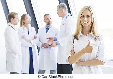 医学, 病院, チーム