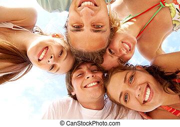 十代の若者たち, 幸せ