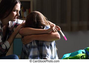 十代, 姉妹, 悲しい, 慰めとなる, 妊娠した