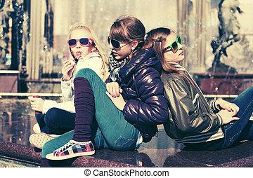 十代, 都市, グループ, 女の子, 通り, 幸せ
