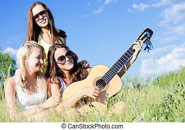 十代, 青, 女の子, 空, 3, に対して, ギター, 歌うこと, 遊び, 幸せ