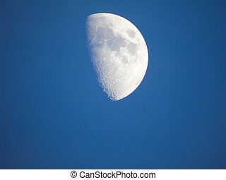 半分, 日, 月