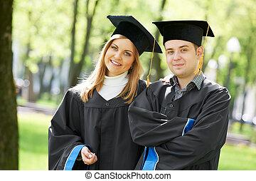 卒業生, 生徒, 上に, 草