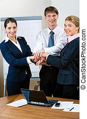 協力, ビジネス