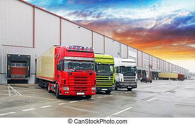 卡車, 在, 倉庫, 貨物, 運輸